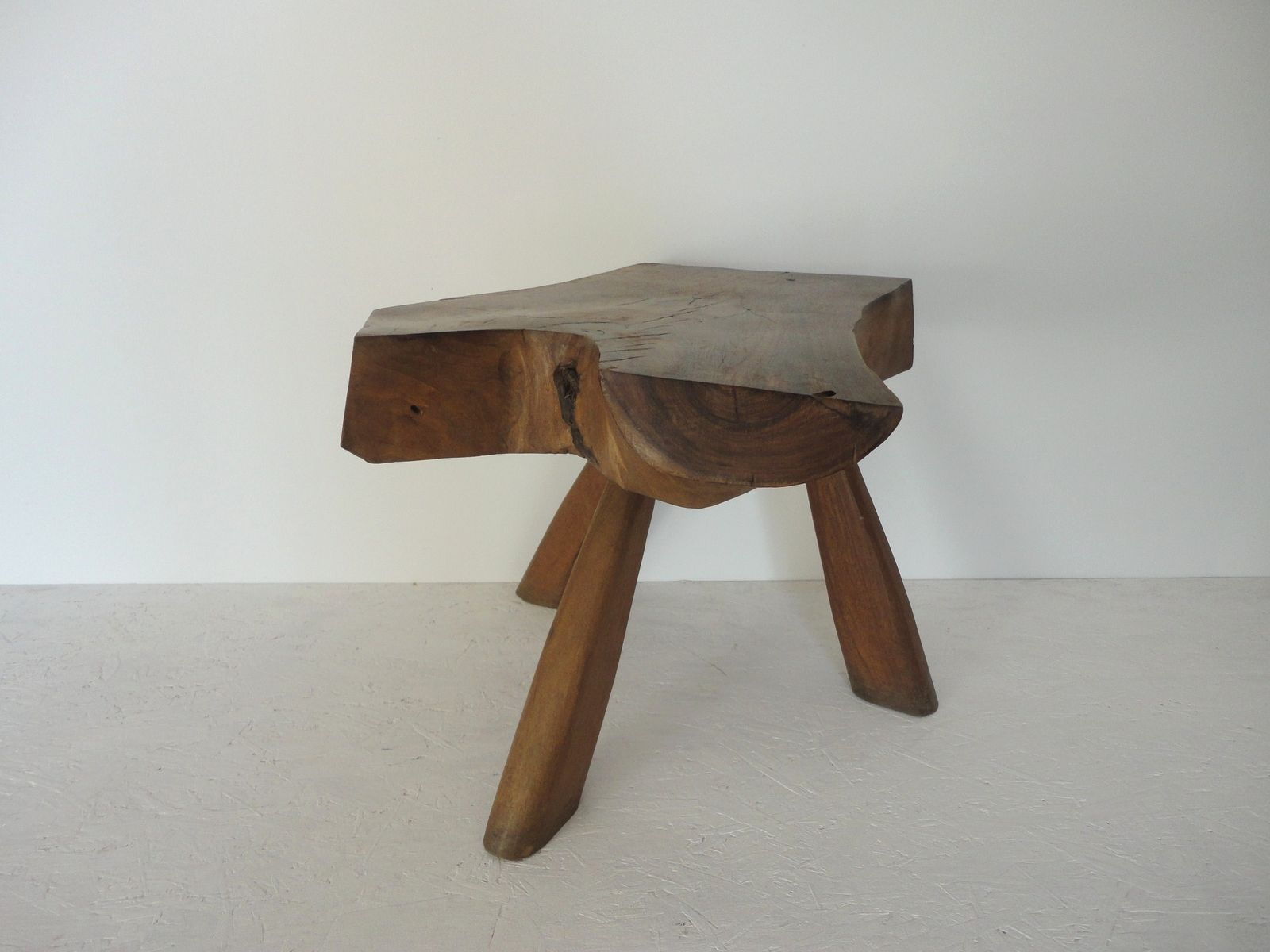 Mid century walnut side table 1950s for sale at pamono for Walnut side table