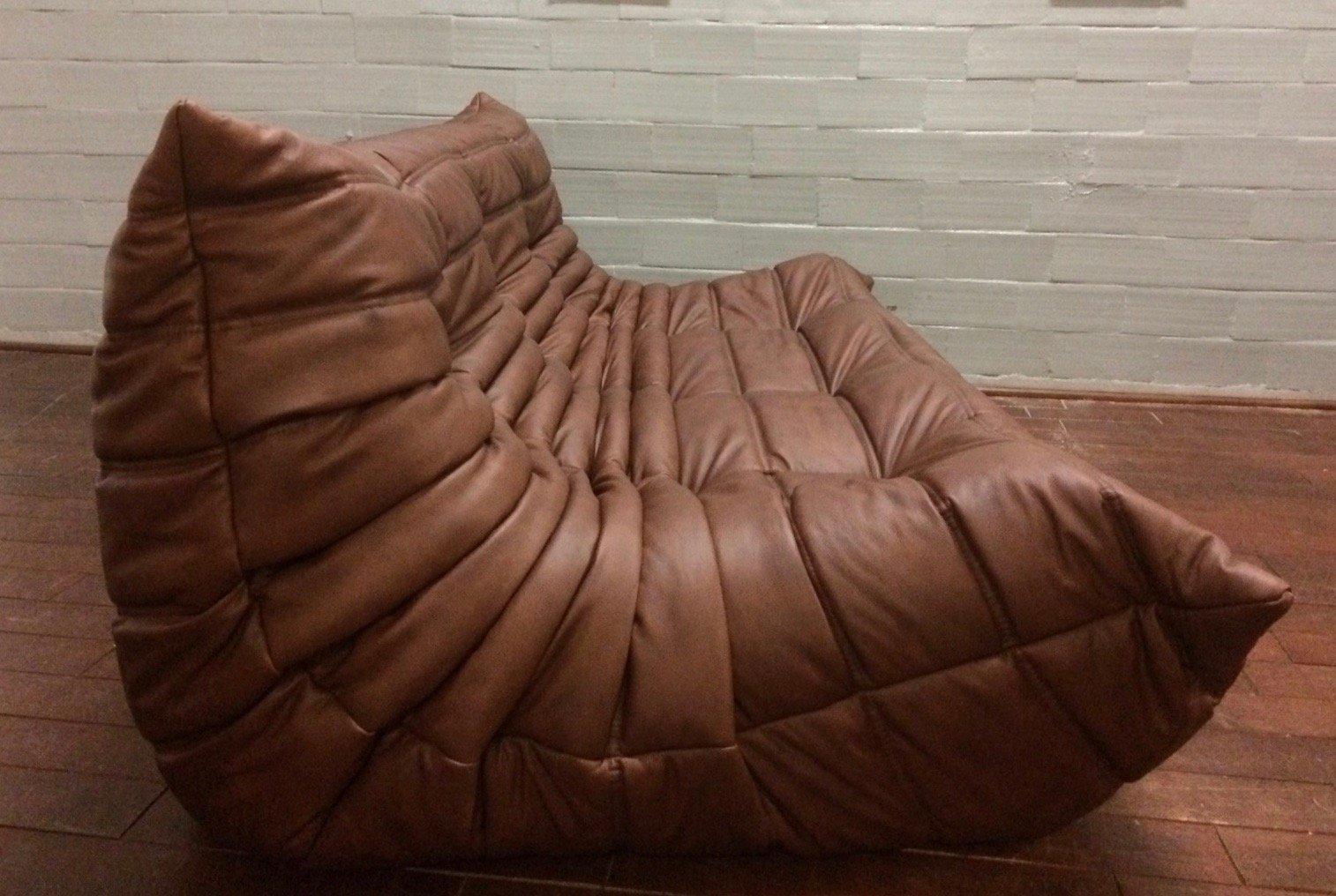 braunes togo ledersofa set von michel ducaroy f r ligne. Black Bedroom Furniture Sets. Home Design Ideas
