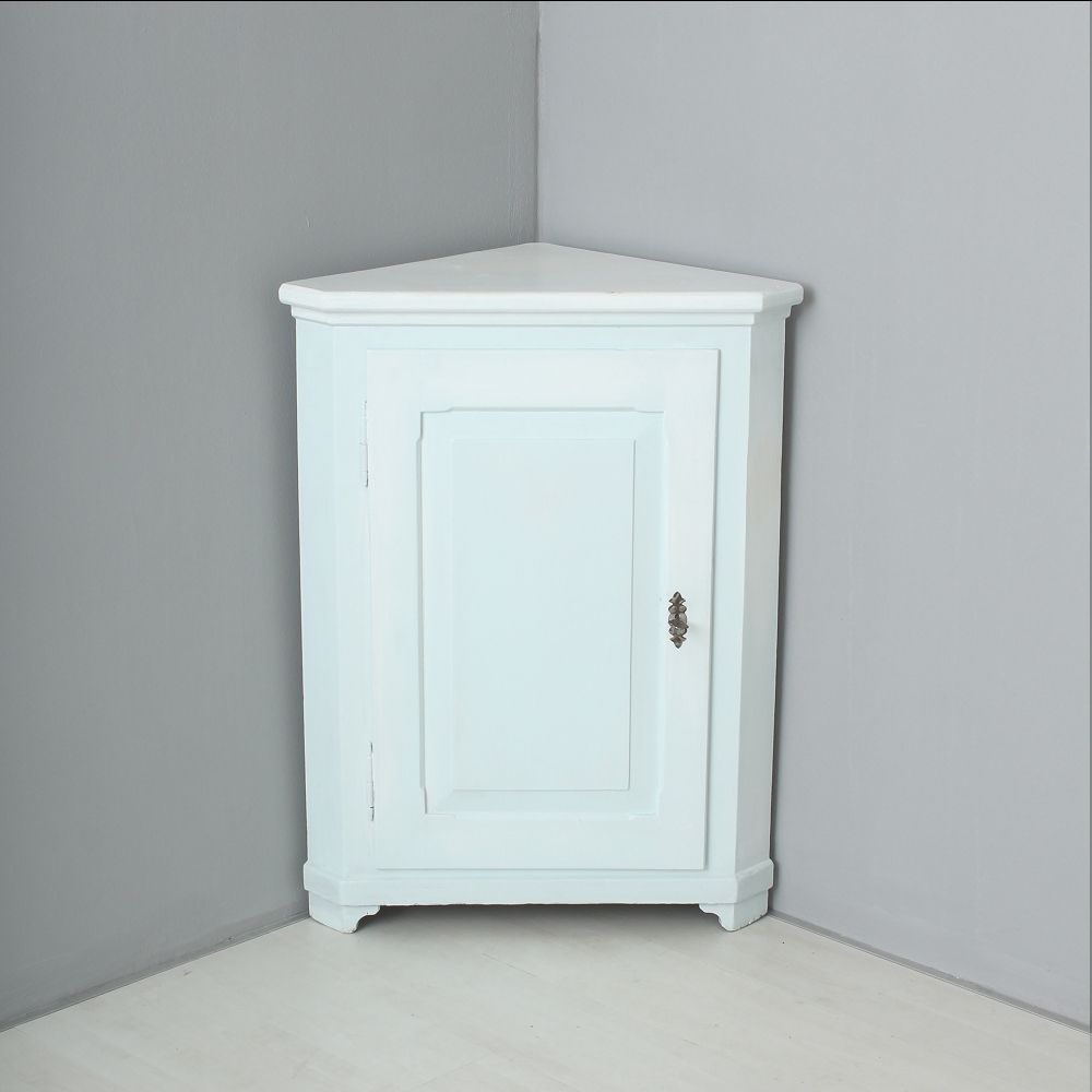 armoire d 39 angle avec une seule porte 1870 en vente sur pamono. Black Bedroom Furniture Sets. Home Design Ideas