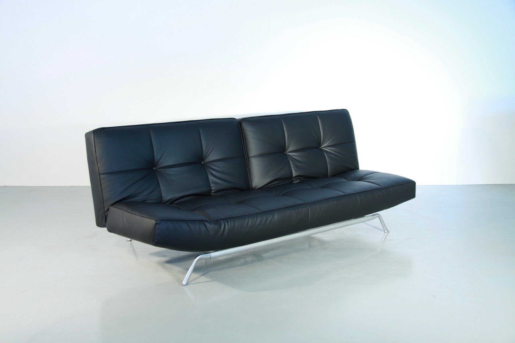 vintage smala black leather adjustable sofabed by pascal mourgue for ligne roset for sale at pamono. Black Bedroom Furniture Sets. Home Design Ideas