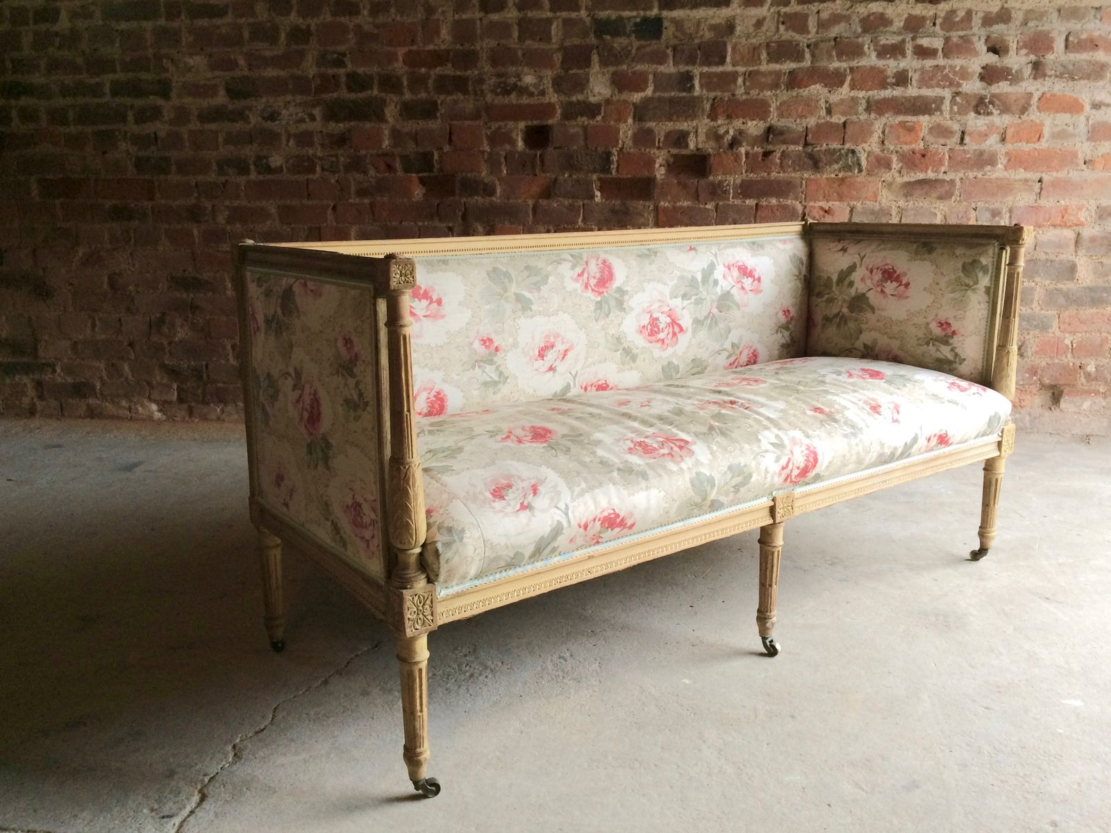 Antique french salon sofa in beech 1770s for sale at pamono for Salon sofa for sale
