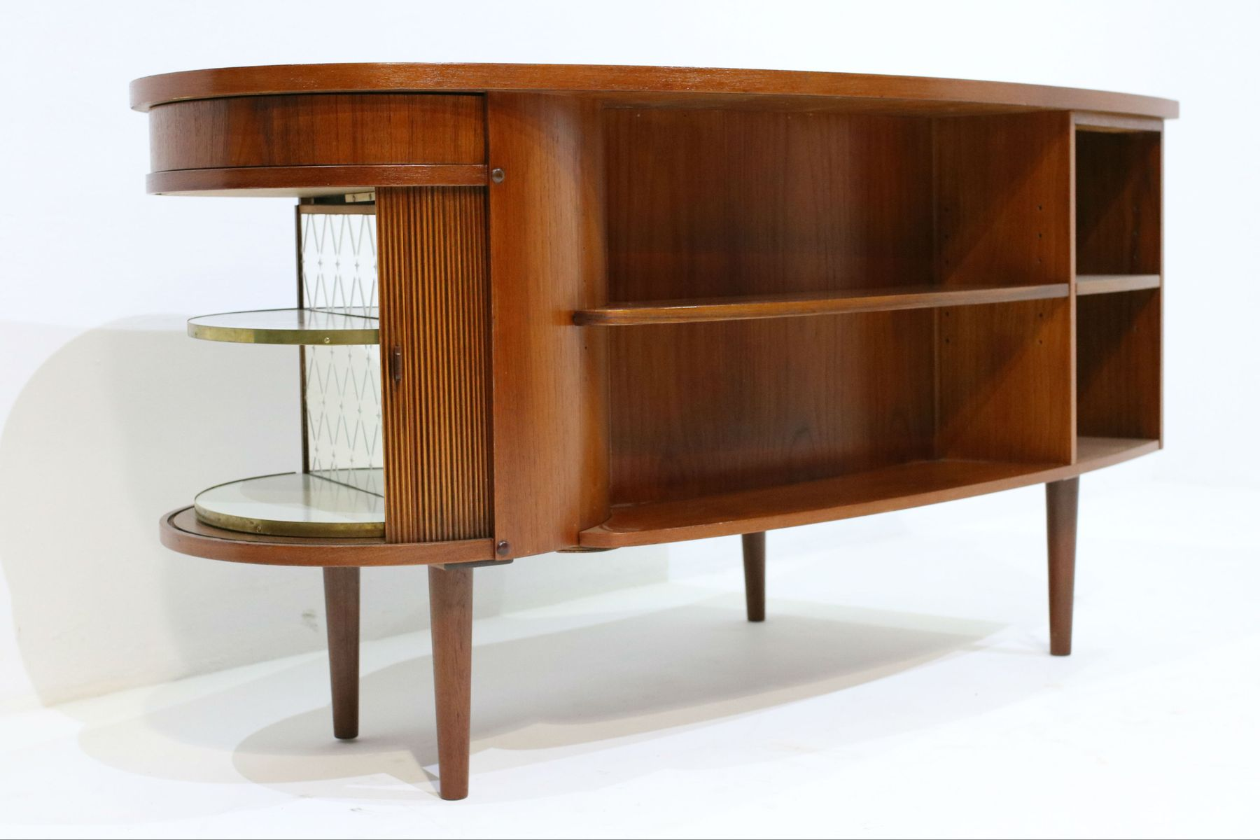 Teak kidney desk by kai kristiansen for feldballes for Kidney desk for sale