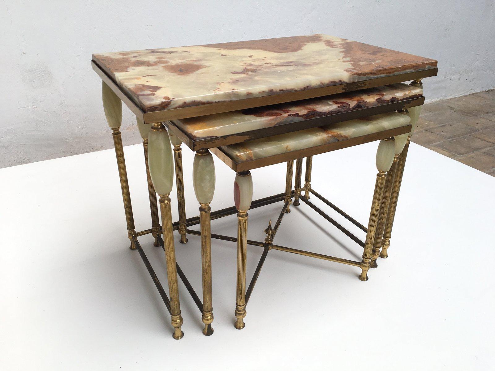 Tavolini a incastro vintage neoclassici in ottone e marmo - Tavolini vetro e ottone ...
