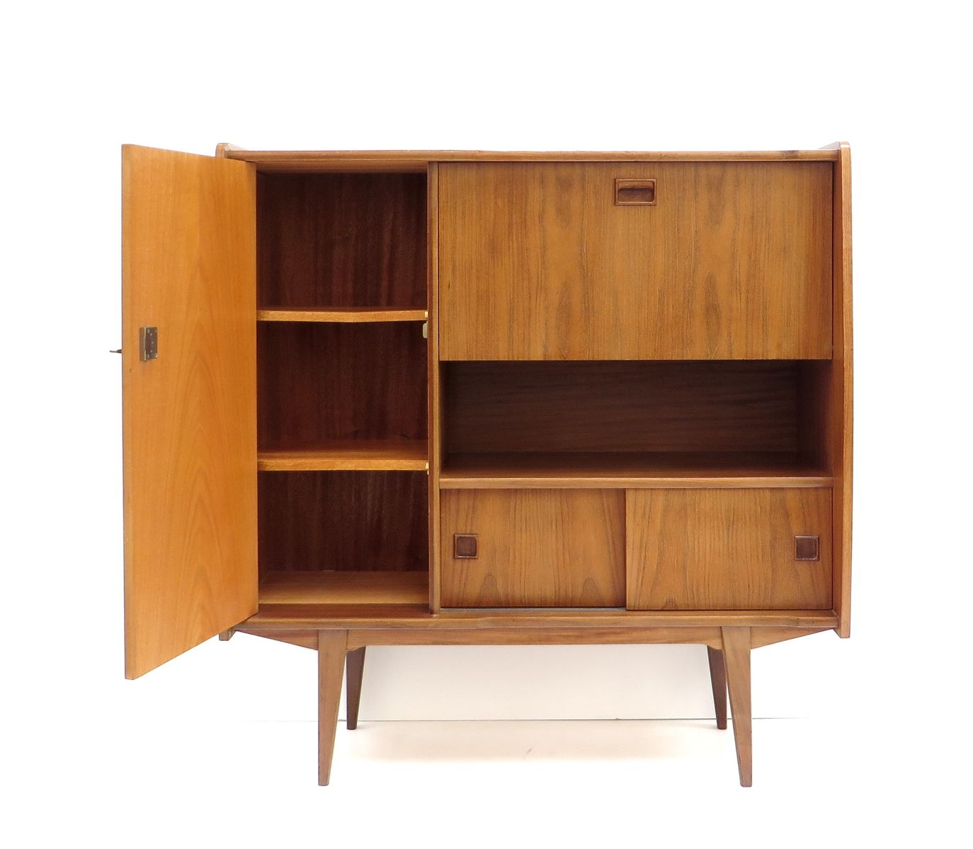 Vintage high sideboard in teak 1960s for sale at pamono for Sideboard 2 50 m