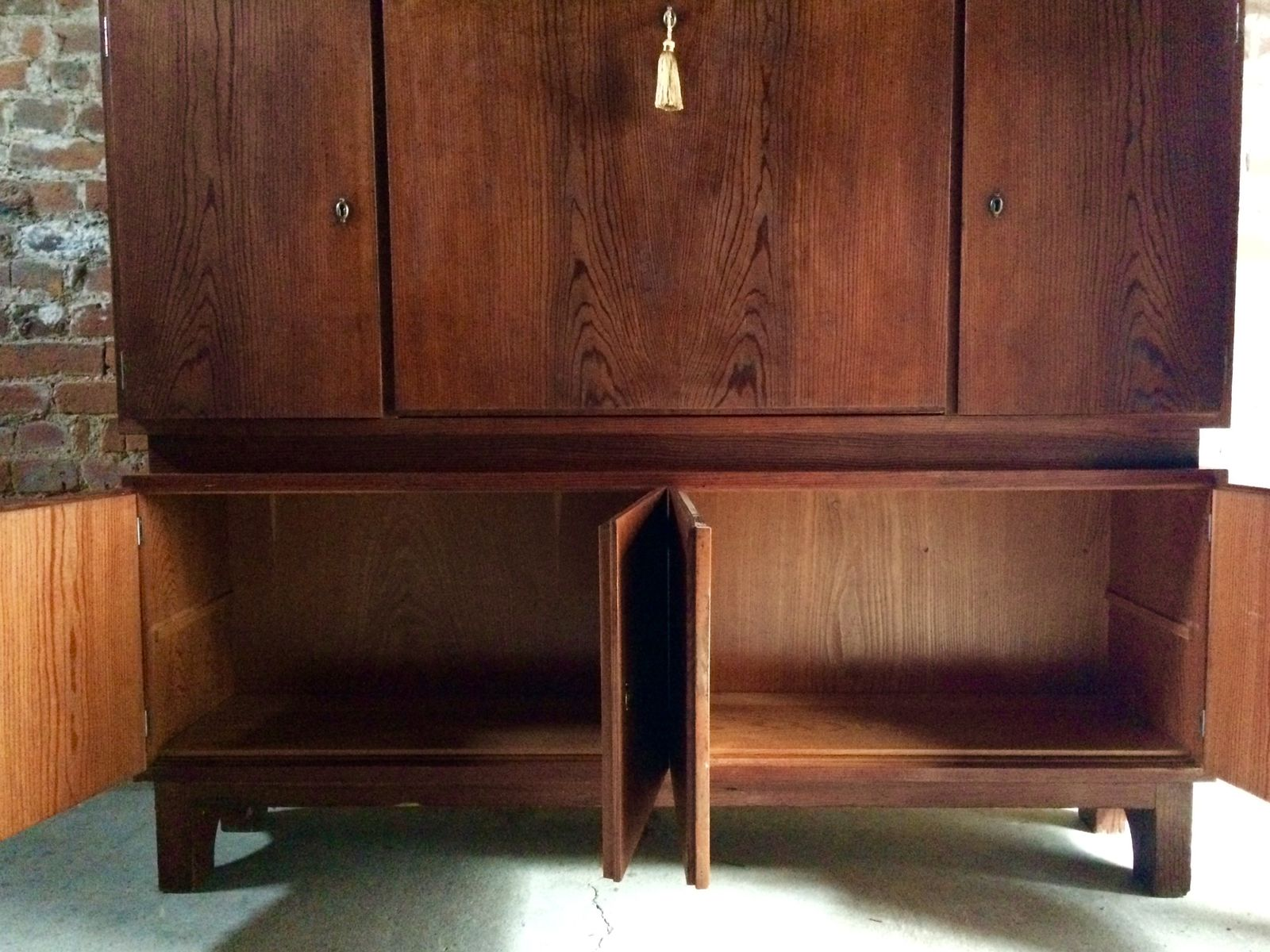 Mid century pitch pine cabinet 1940s for sale at pamono for 1940s kitchen cabinets for sale