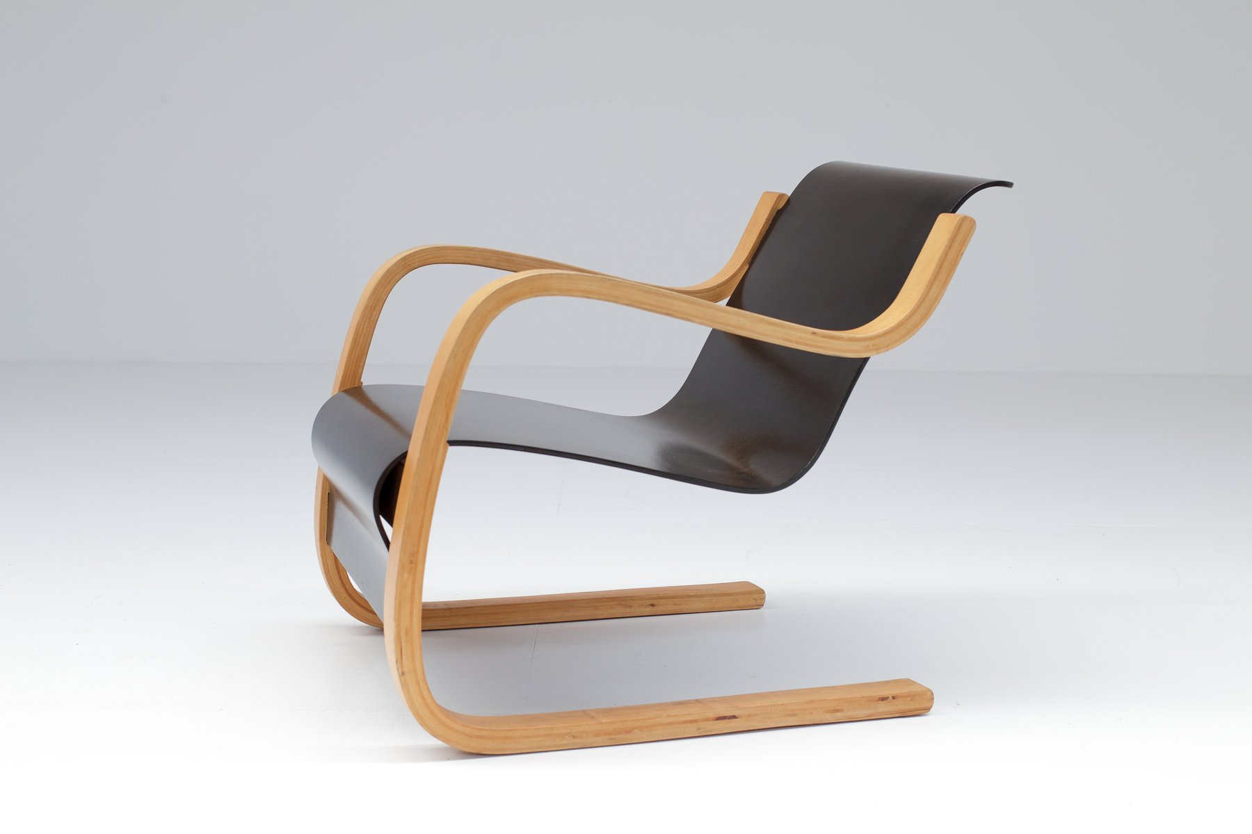 Vintage model 31 armchair by alvar aalto for finmar for Alvar aalto chaise