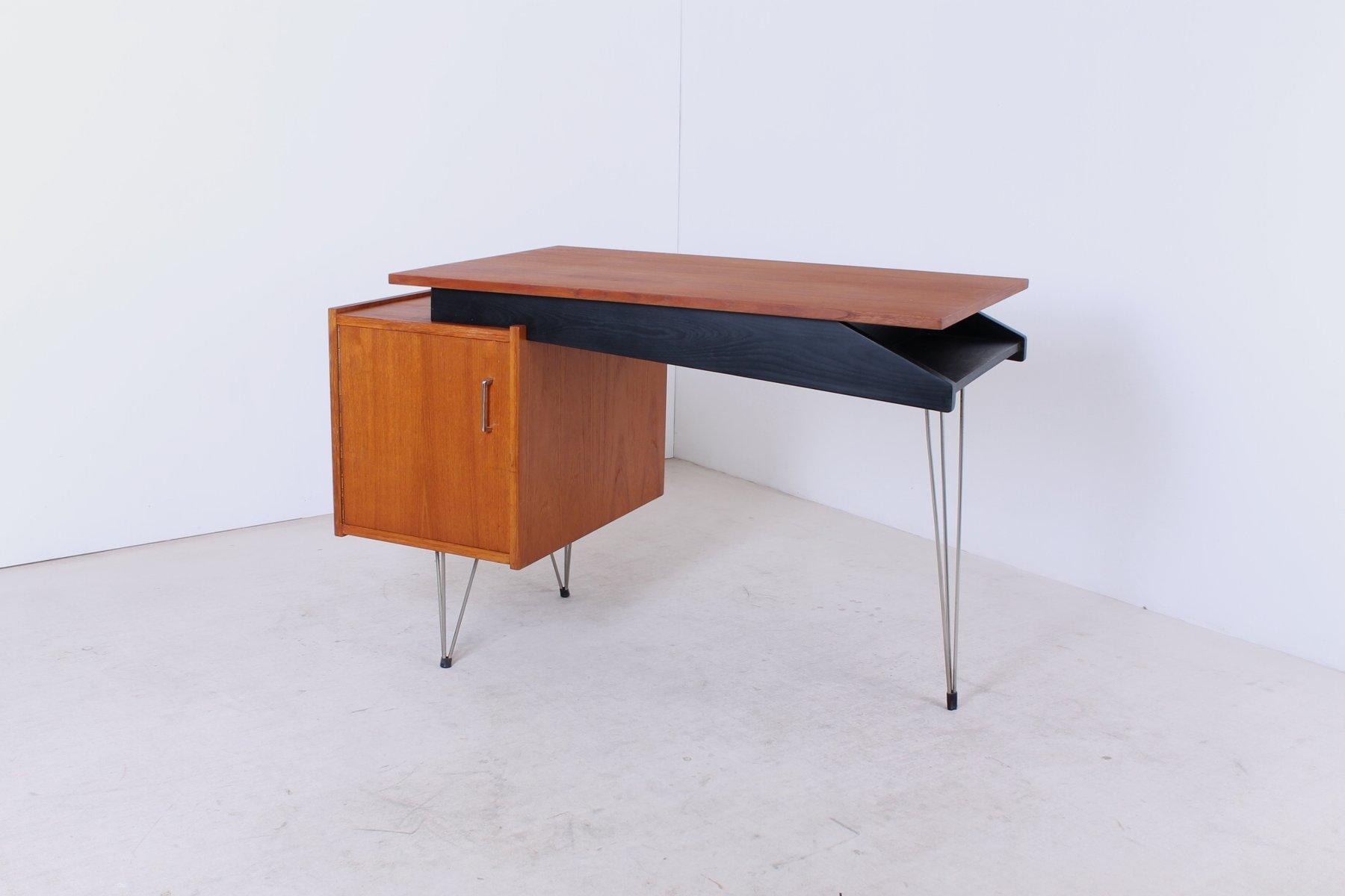 bureau en teck avec pieds en epingles de cees braakman pour pastoe en vente sur pamono. Black Bedroom Furniture Sets. Home Design Ideas