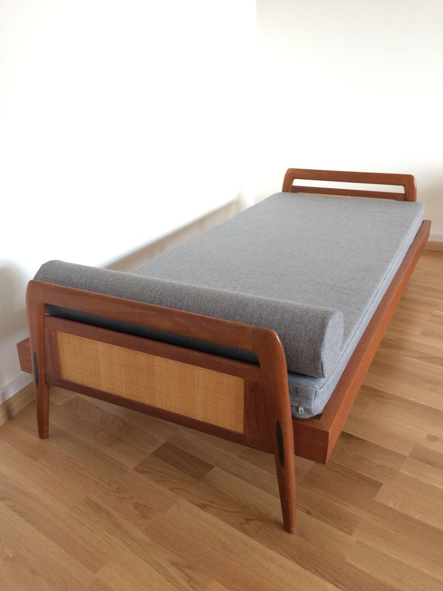 Daybed danish  Mid-Century Danish Teak Daybed, 1960s for sale at Pamono
