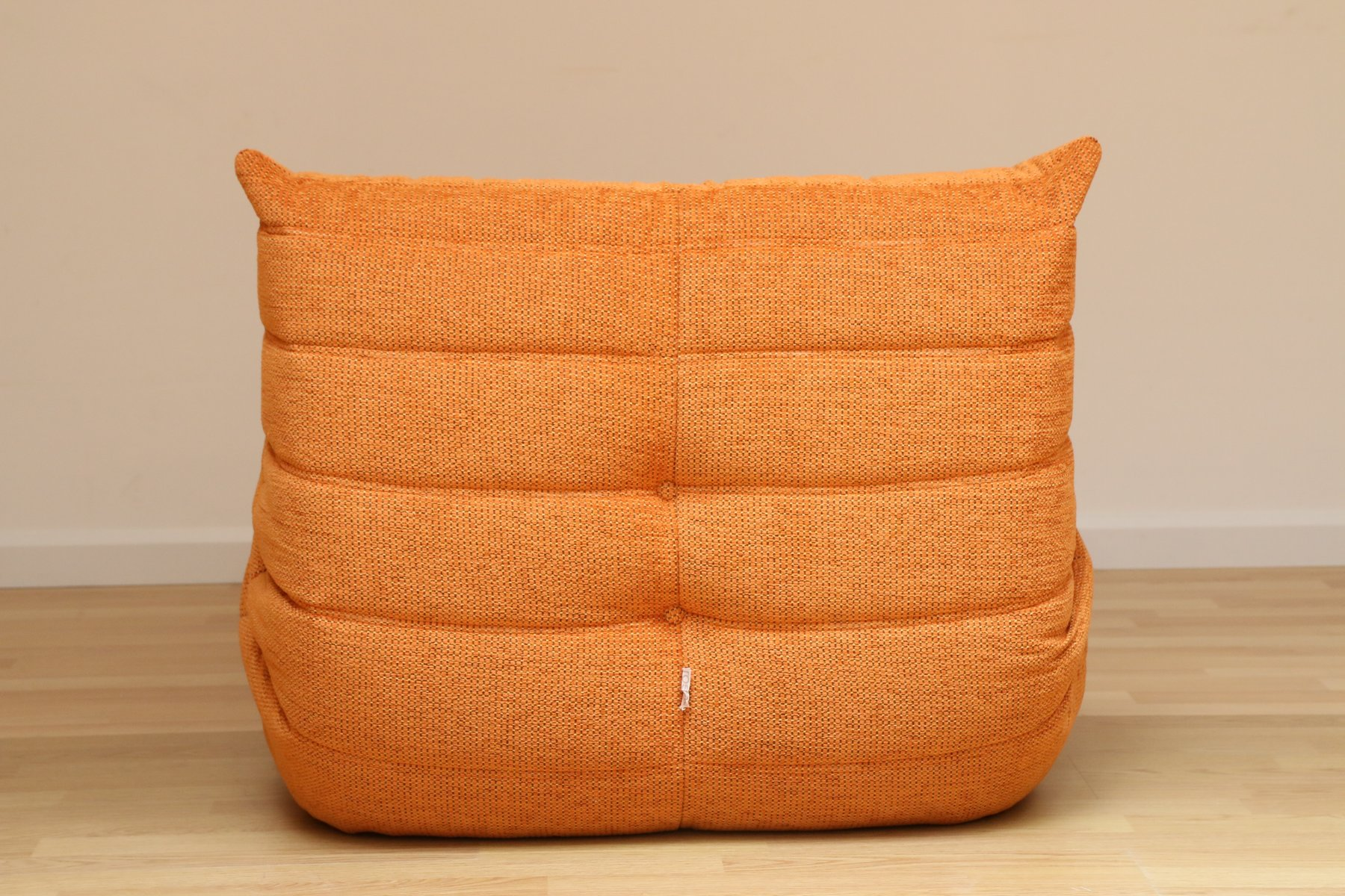 vintage orange togo pouf by michel ducaroy for ligne roset set of 2 for sale at pamono. Black Bedroom Furniture Sets. Home Design Ideas