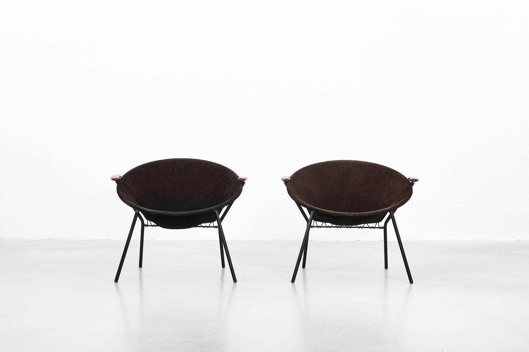 Mid Century Lounge Chairs By Hans Olsen For Lea For Sale