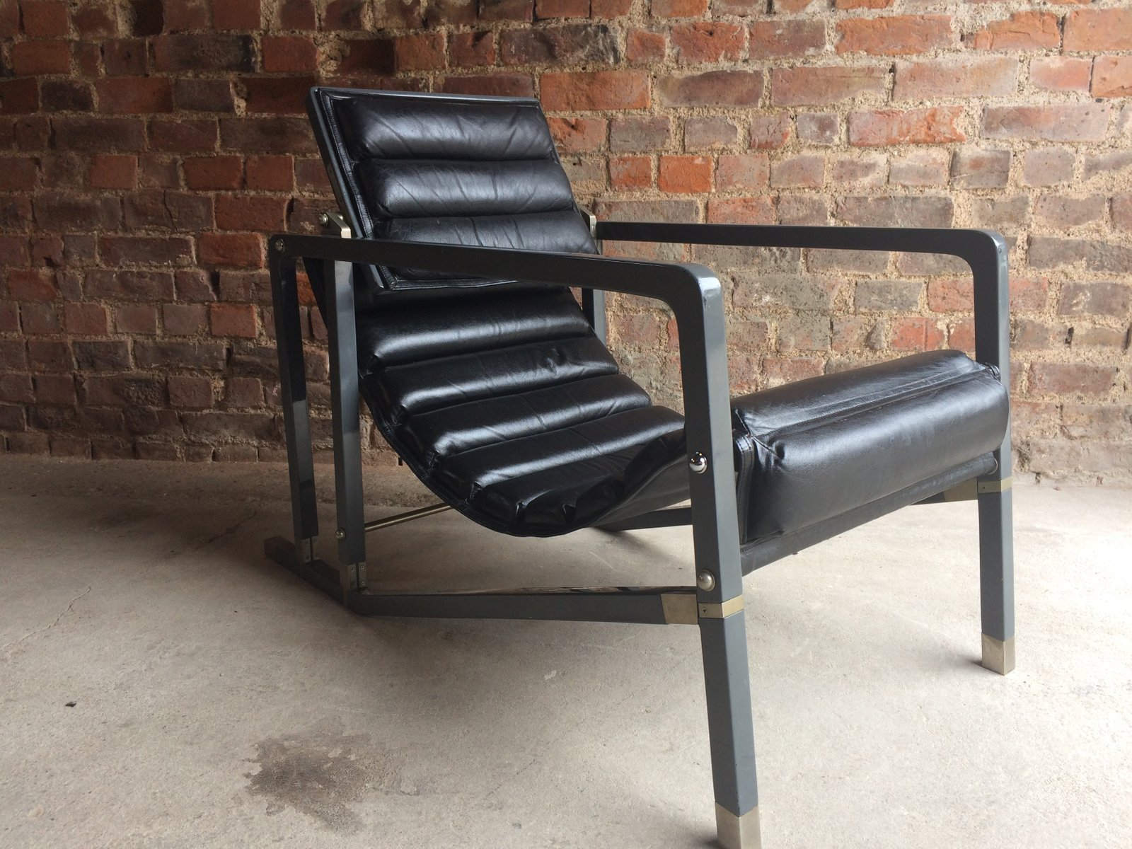 Vintage Transat Lounge Chair By Eileen Gray For Aram For