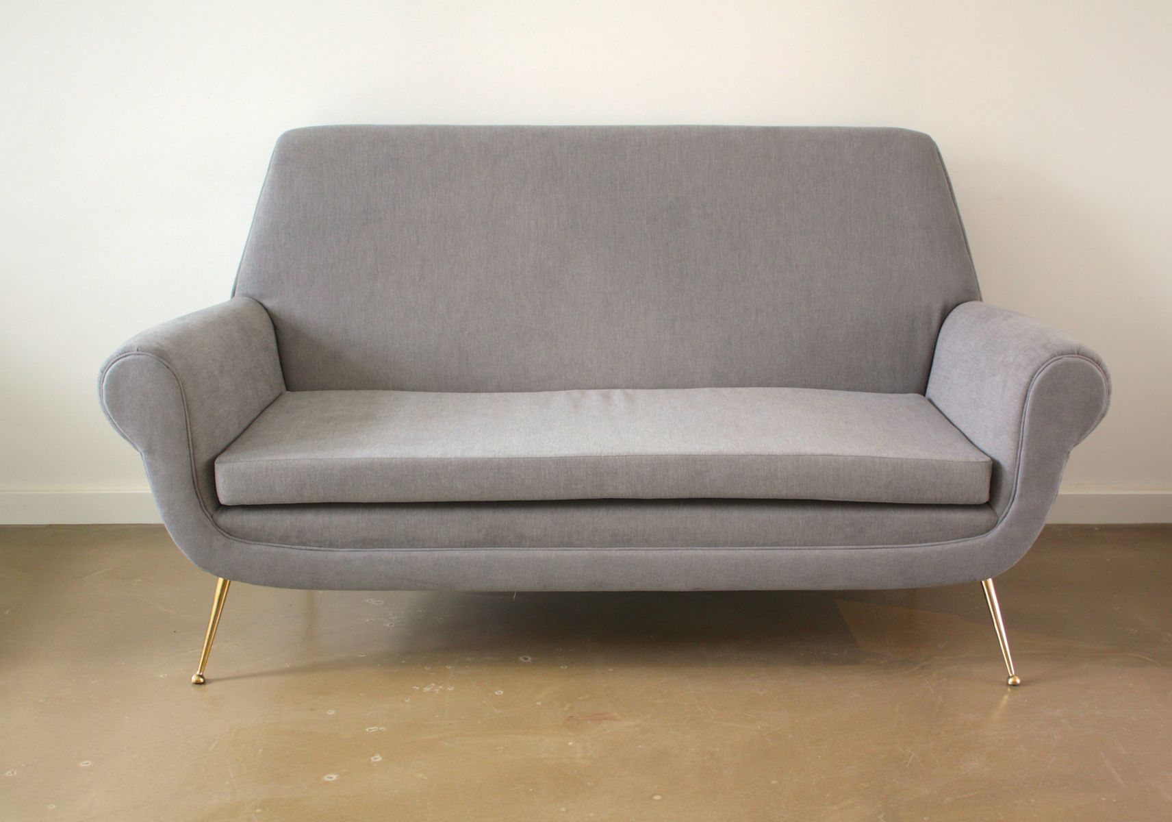 Grey sofa by gigi radice for minotti 1950s for sale at pamono for Gray sofas for sale