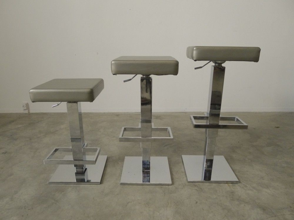 Modern Bar Stools Set Of 3 For Sale At Pamono