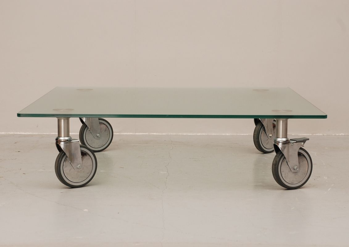 Glass coffee table on wheels for sale at pamono for Couchtisch 80x80 glas