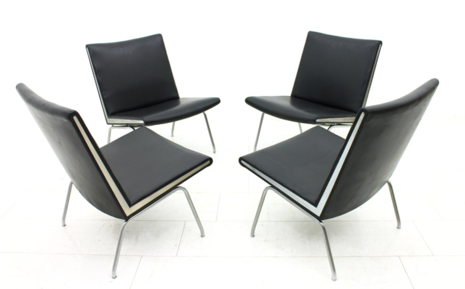 ap 40 flughafen stuhl von hans j wegner f r ap stolen. Black Bedroom Furniture Sets. Home Design Ideas