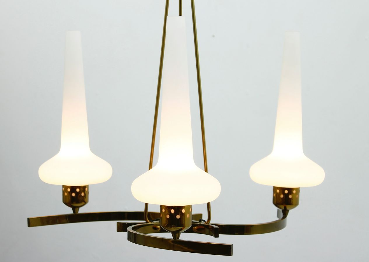italienischer glas und messing kronleuchter 1950er bei. Black Bedroom Furniture Sets. Home Design Ideas
