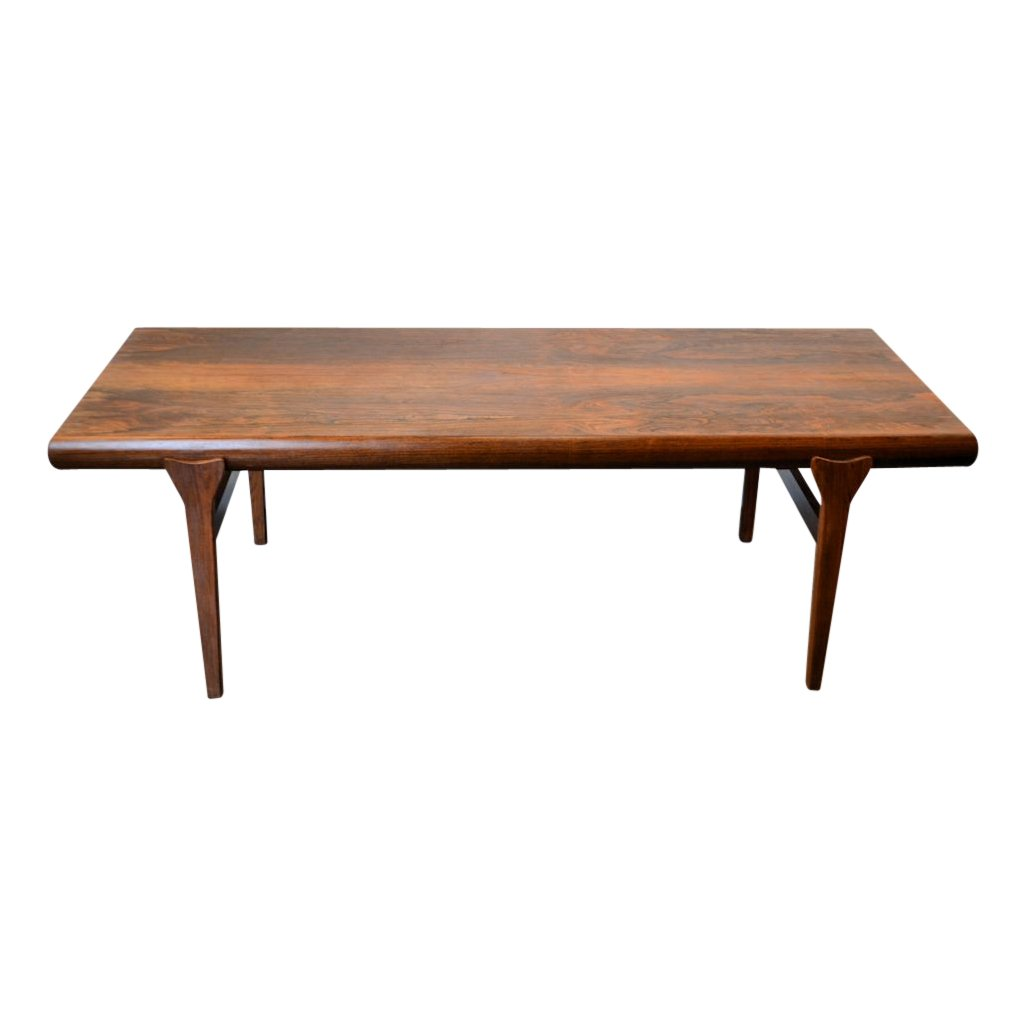 extendable rosewood coffee table by johannes andersen for. Black Bedroom Furniture Sets. Home Design Ideas
