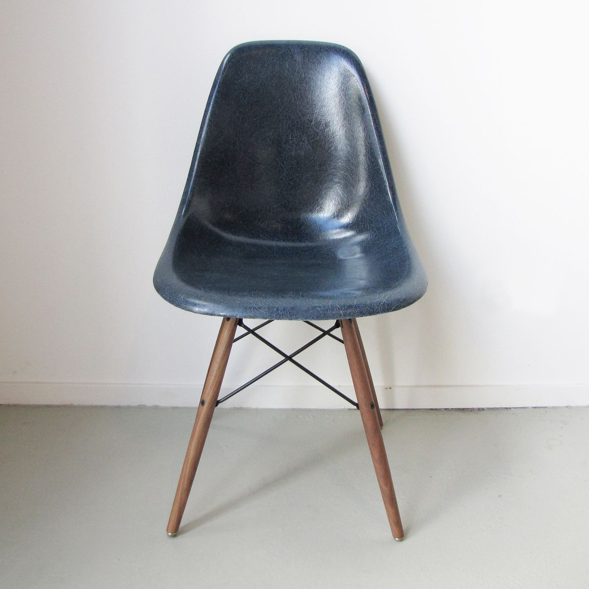 DSW Chair by Charles & Ray Eames for Herman Miller USA