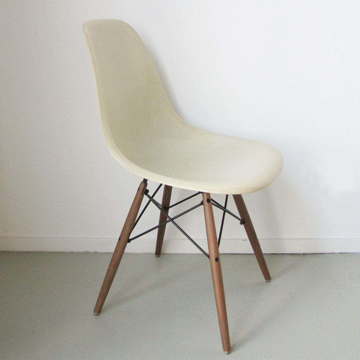 dsw stuhl von charles ray eames f r herman miller 1962 bei pamono kaufen. Black Bedroom Furniture Sets. Home Design Ideas
