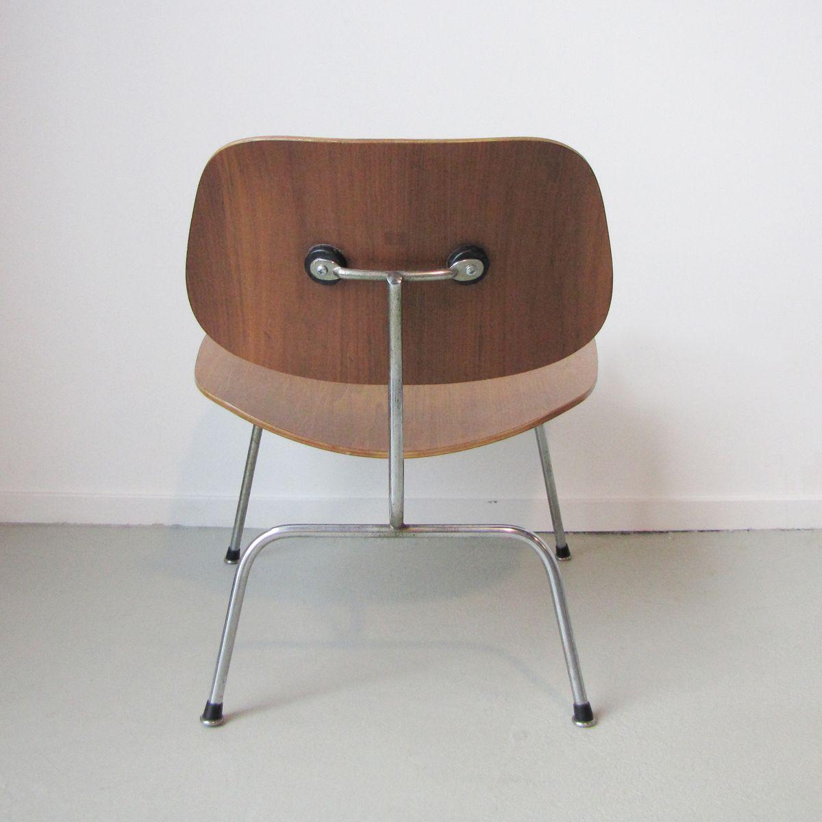 lcm stuhl von charles ray eames f r herman miller 1954 bei pamono kaufen. Black Bedroom Furniture Sets. Home Design Ideas