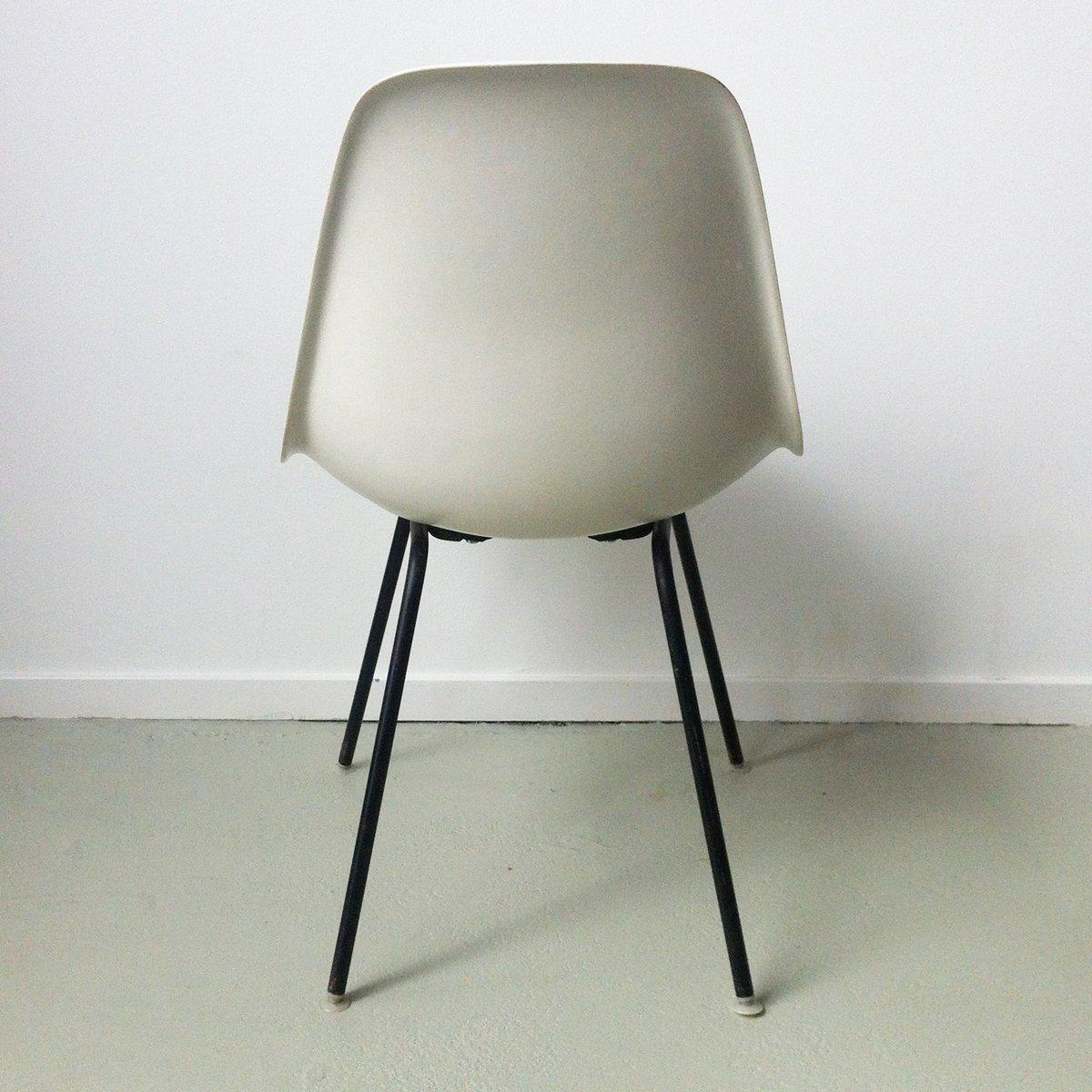 dsx stuhl von charles ray eames f r herman miller bei. Black Bedroom Furniture Sets. Home Design Ideas
