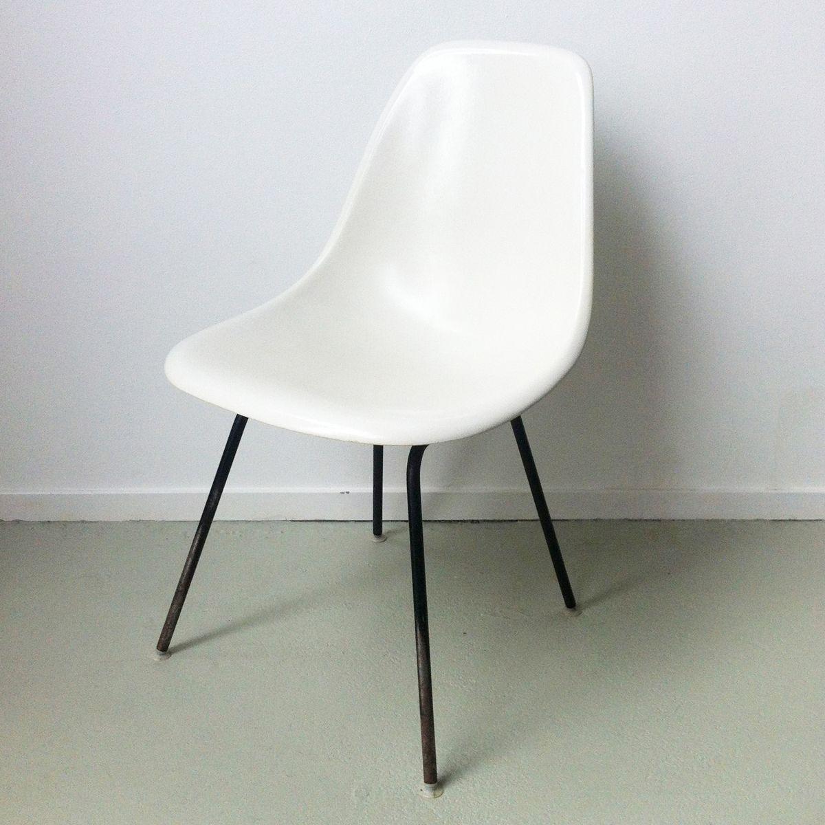 dsx stuhl von charles ray eames f r herman miller bei pamono kaufen. Black Bedroom Furniture Sets. Home Design Ideas