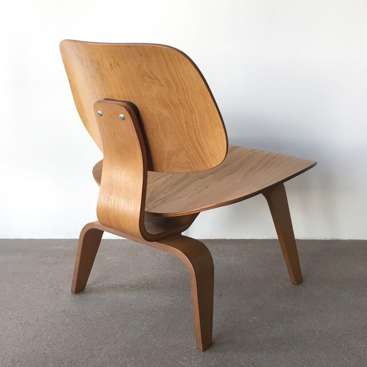 lcw nussbaum stuhl von charles ray eames f r herman miller 1953 bei pamono kaufen. Black Bedroom Furniture Sets. Home Design Ideas