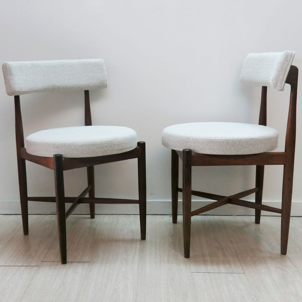 Vintage Dining Chairs By Ib Kofod Larsen For GPlan 1960 Set Of 4 For Sale A
