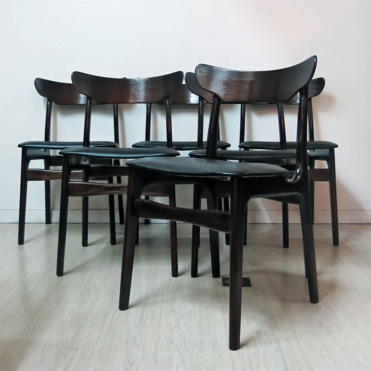 esszimmerst hle von schionning elgaard 1960 6er set bei pamono kaufen. Black Bedroom Furniture Sets. Home Design Ideas