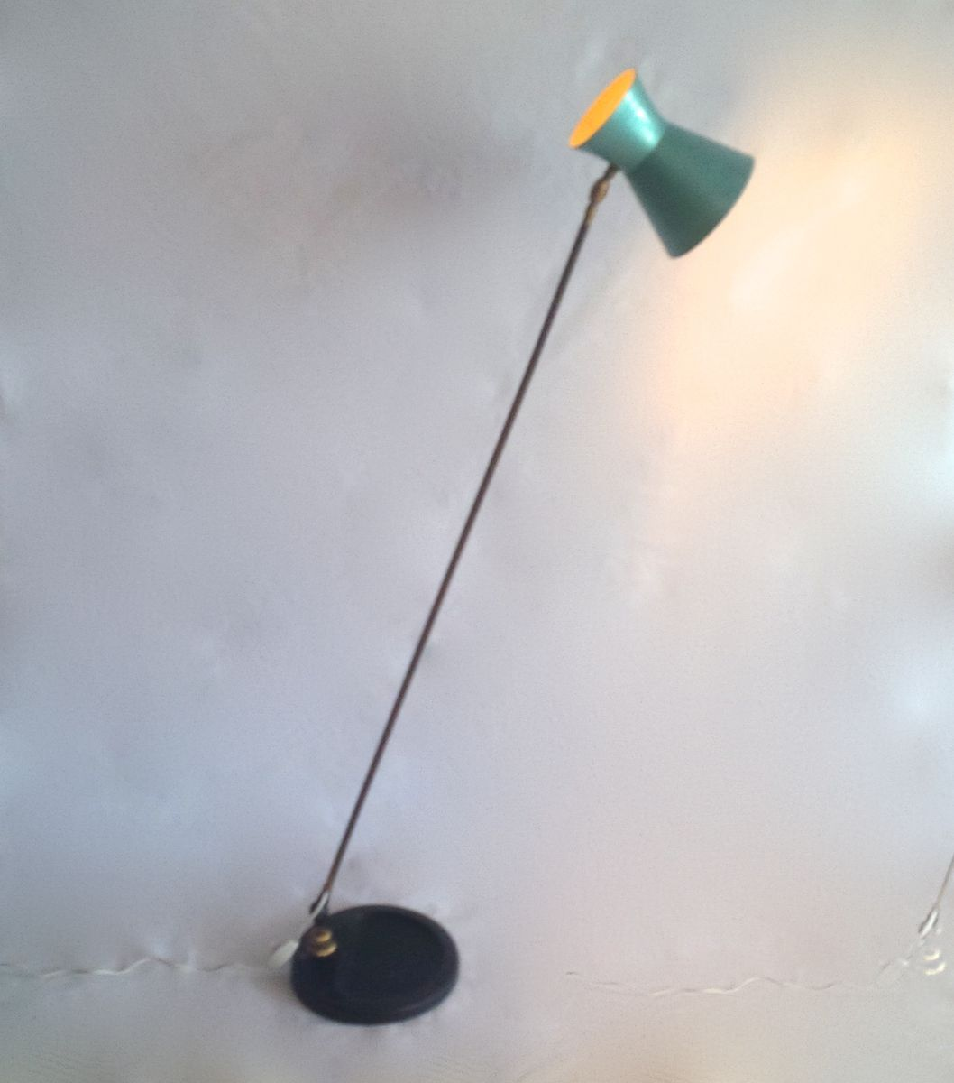 Articulated floor lamp from lumen milano for sale at pamono for Led articulated floor lamp