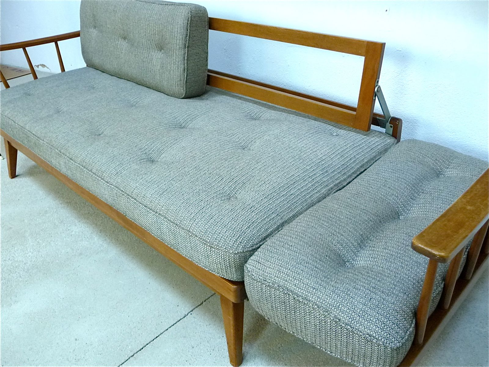 sofa bed from knoll antimott for sale at pamono. Black Bedroom Furniture Sets. Home Design Ideas