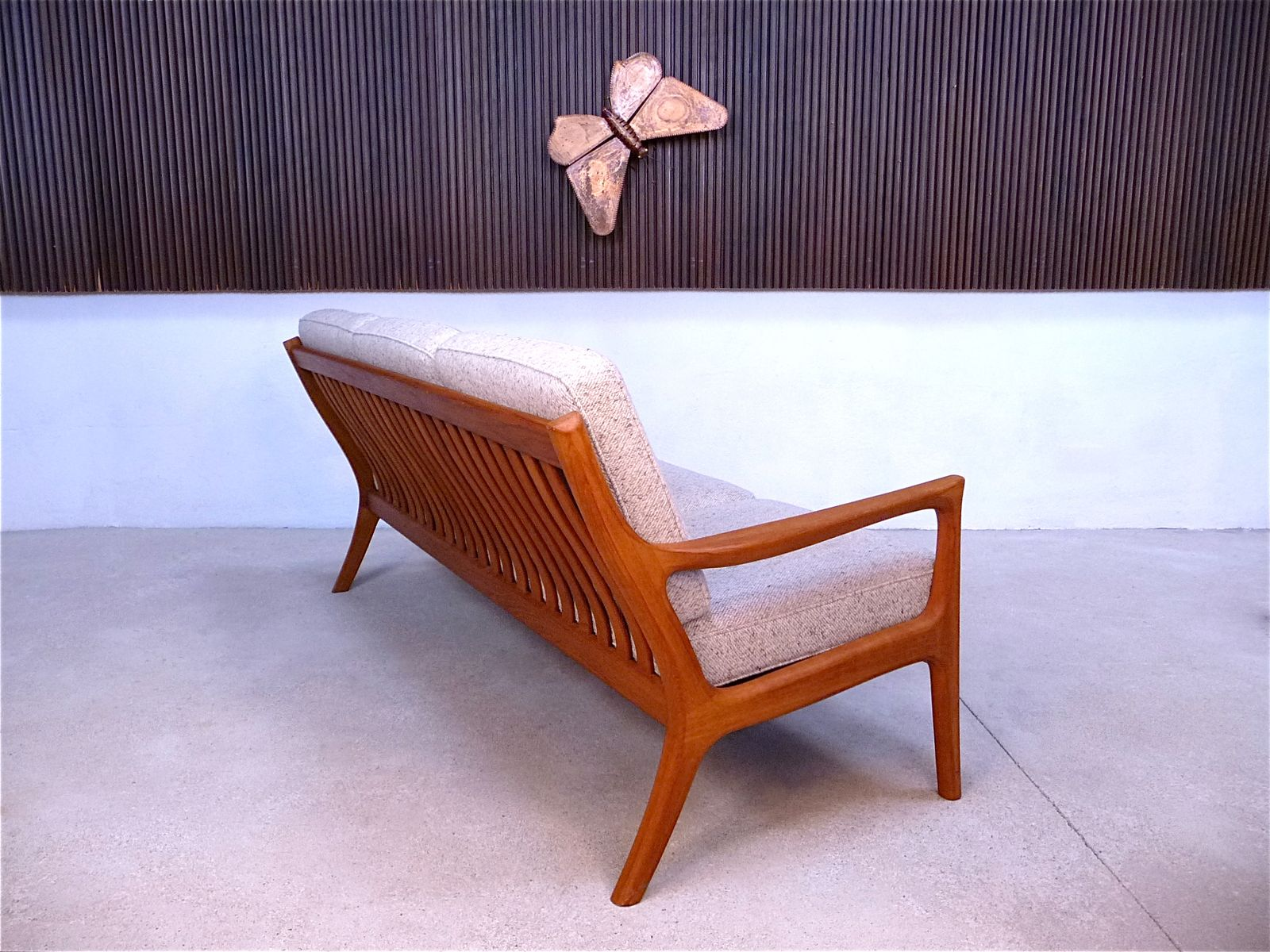 danish teak three seater sofa 1960s for sale at pamono. Black Bedroom Furniture Sets. Home Design Ideas