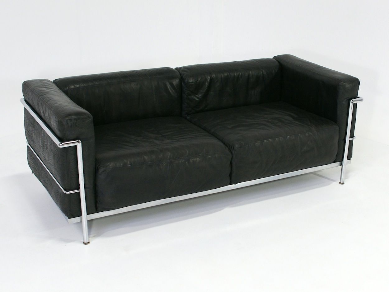 early lc3 sofa by le corbusier 1960s for sale at pamono. Black Bedroom Furniture Sets. Home Design Ideas