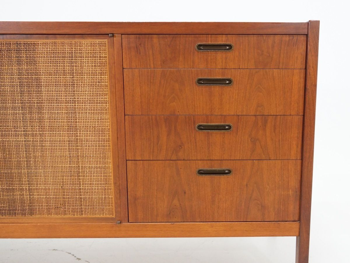 Rattan and wood sideboard by milo baughman for dillingham for Sideboard rattan
