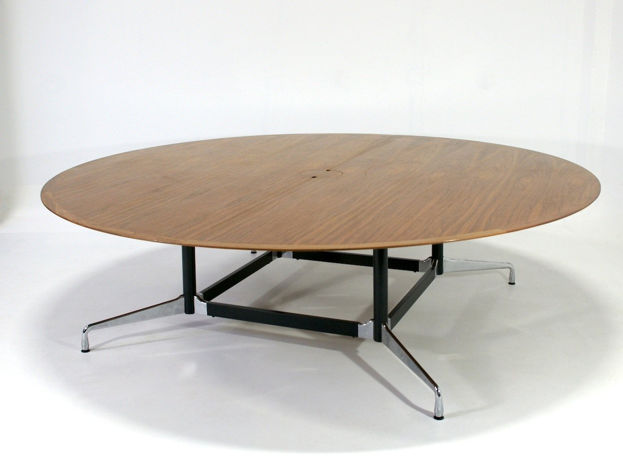 Rounded conference table by charles eames for vitra for for Table ronde charles eames