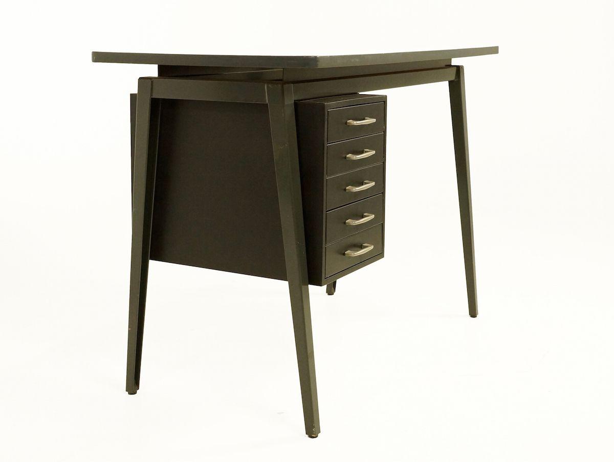 vintage metall schreibtisch von marko 1960er bei pamono. Black Bedroom Furniture Sets. Home Design Ideas