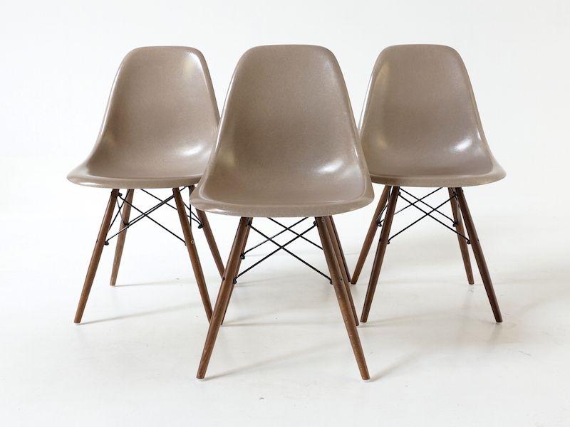 stuhl von charles eames f r herman miller bei pamono kaufen. Black Bedroom Furniture Sets. Home Design Ideas