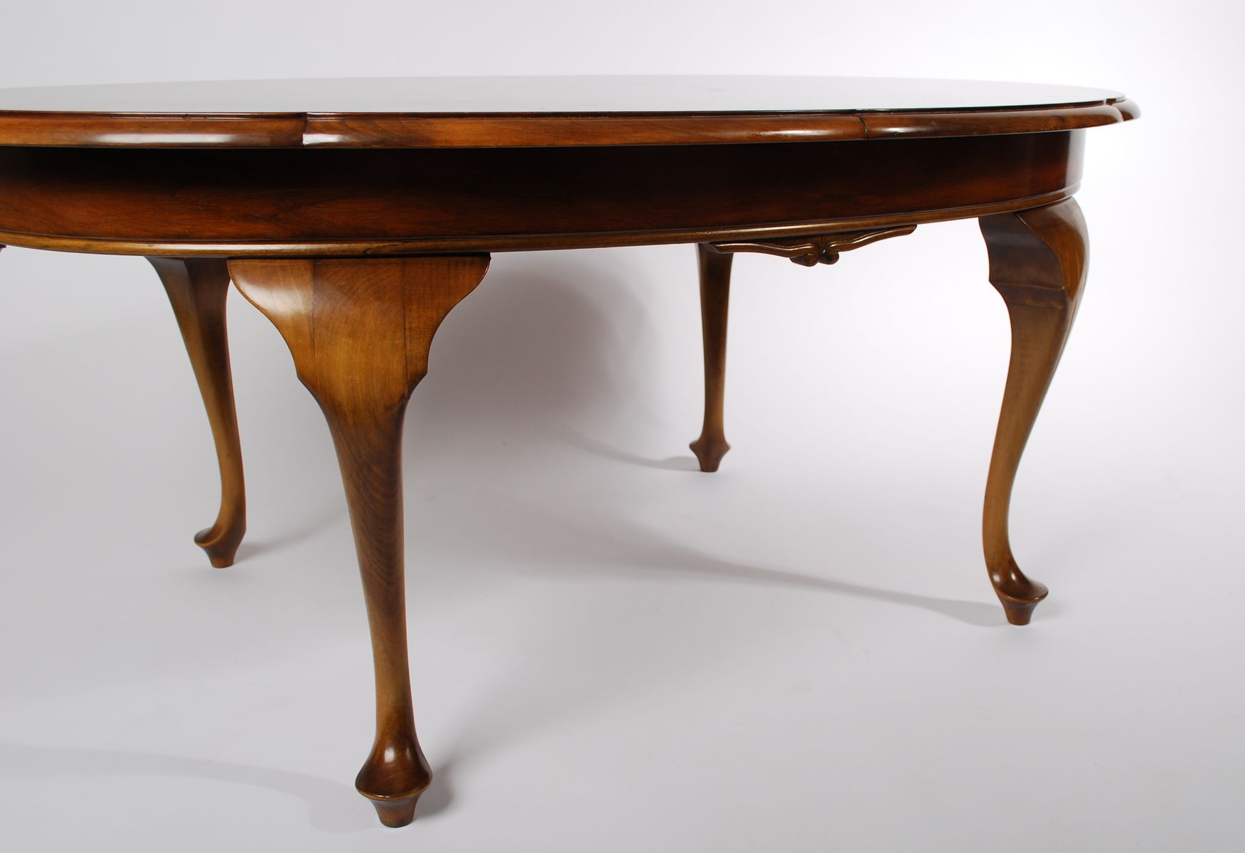 Antique rosewood oval coffee table for sale at pamono antique rosewood oval coffee table geotapseo Choice Image