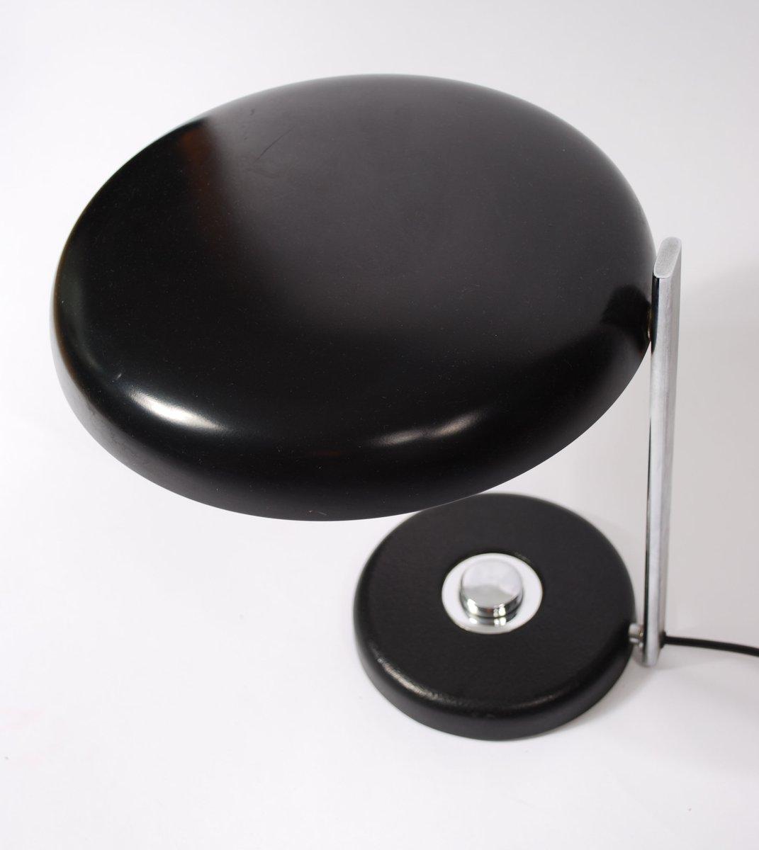 schwarze metall und chrom tischlampe 1960er bei pamono kaufen. Black Bedroom Furniture Sets. Home Design Ideas