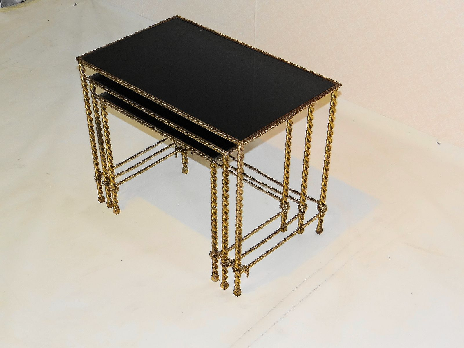 Amazing photo of Vintage Gilded Nesting Tables Set of 3 for sale at Pamono with #977634 color and 1600x1200 pixels