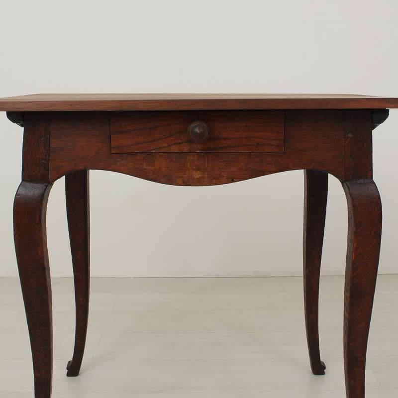 Antique louis philippe walnut table circa 1870 for sale for Table 6 pieds louis philippe