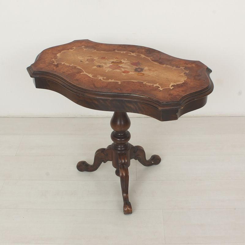 Vintage coffee table in antique style for sale at pamono for Vintage coffee table