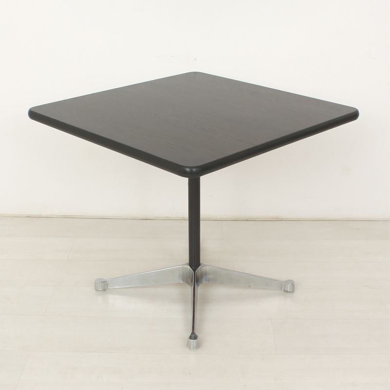 Rosewood table by charles ray eames for vitra for sale for Table ronde charles eames