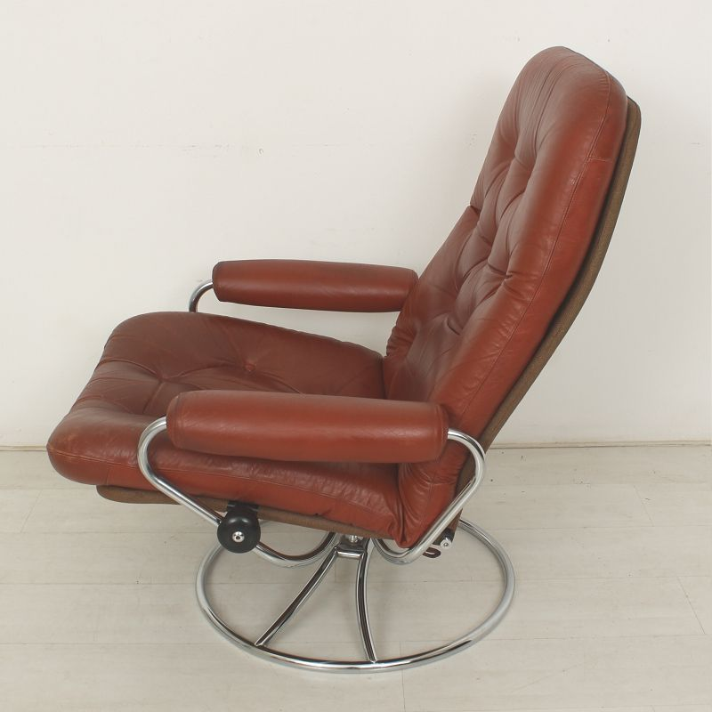 Vintage Leather Lounge Chair from Ekornes 1970s for sale at Pamono