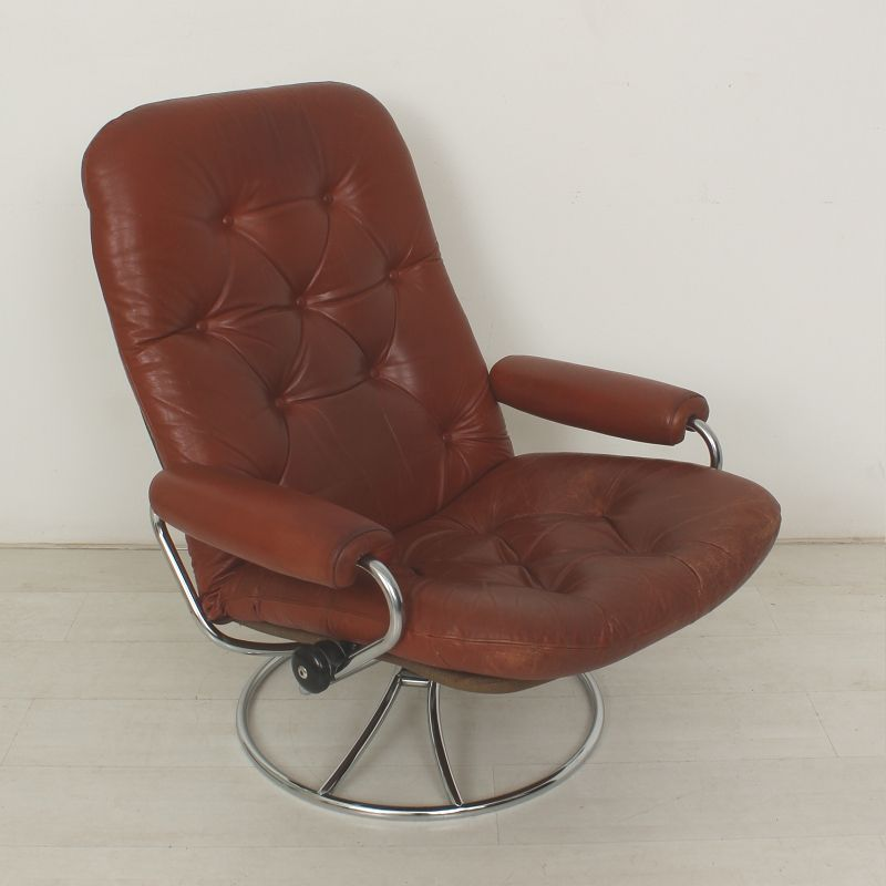 Vintage Leather Lounge Chair from Ekornes 1970s for sale