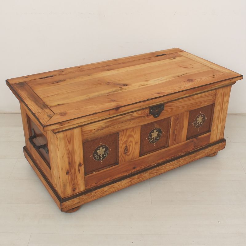 Antique Wooden Box Coffee Table 1880s For Sale At Pamono