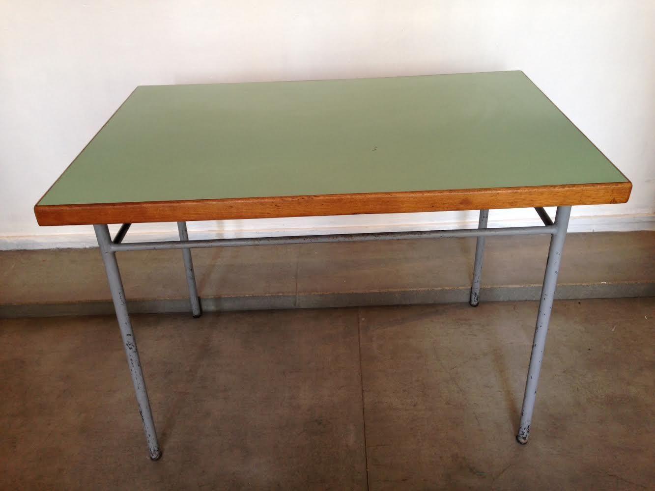 vintage modernistischer tisch 1954 bei pamono kaufen. Black Bedroom Furniture Sets. Home Design Ideas