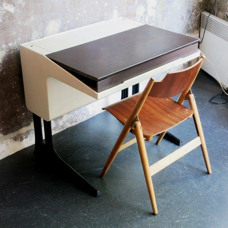 school desk by luigi colani for flottoto 1970s for sale at pamono. Black Bedroom Furniture Sets. Home Design Ideas
