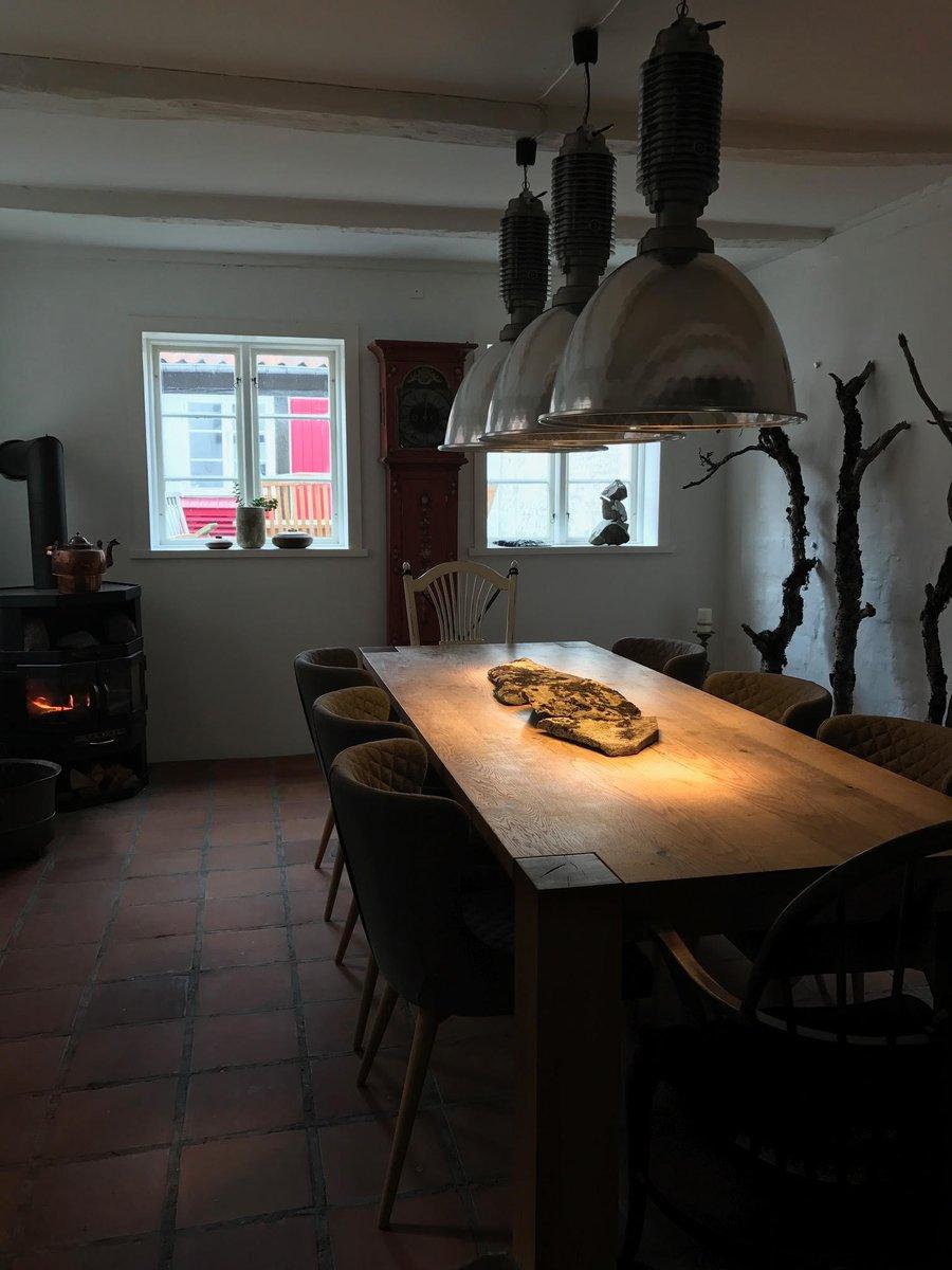 keller dining room furniture