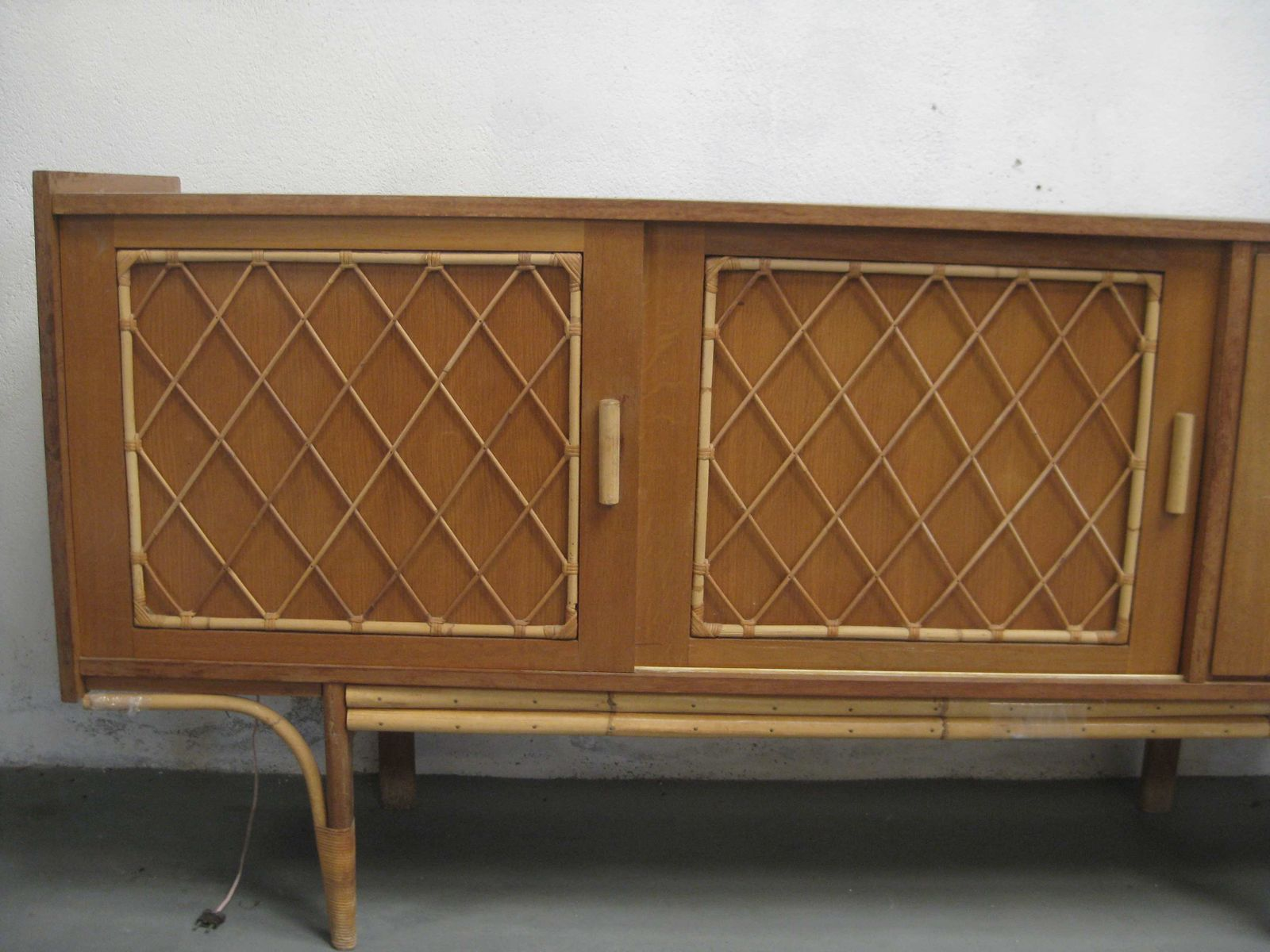 Vintage rattan sideboard 1960s for sale at pamono for Sideboard rattan